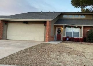 Pre Foreclosure in Lawton 73505 SW CHAUCER DR - Property ID: 1521152164