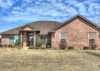 Pre Foreclosure in Cache 73527 SW DEYO LANDING LOOP - Property ID: 1521154357
