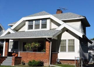 Pre Foreclosure in Toledo 43614 WILDWOOD RD - Property ID: 1521250726