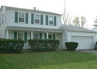 Pre Foreclosure in Maumee 43537 DUSSEL DR - Property ID: 1521261669