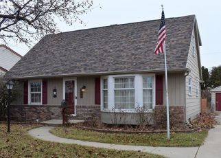 Pre Foreclosure in Oregon 43616 CROMWELL DR - Property ID: 1521274362