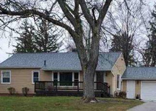 Pre Foreclosure in North Royalton 44133 HI VIEW DR - Property ID: 1521304143