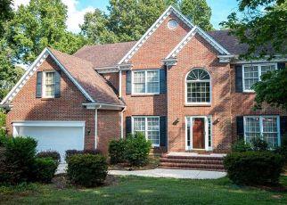 Pre Foreclosure in Greensboro 27410 NATURAL LAKE CT - Property ID: 1521425470