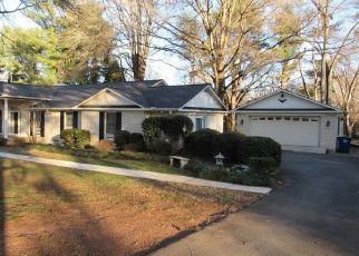 Pre Foreclosure in Pfafftown 27040 DUFFER CT - Property ID: 1521487220