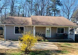 Pre Foreclosure in Greensboro 27406 FOUR SEASONS BLVD - Property ID: 1521502555