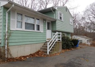 Pre Foreclosure in East Haven 06512 HILDA ST - Property ID: 1521793814