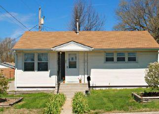 Pre Foreclosure in Marshfield 65706 W JEFFERSON ST - Property ID: 1522279971