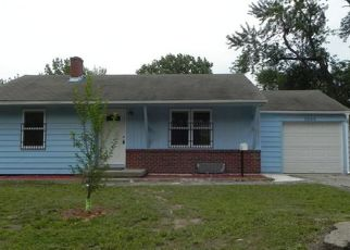 Pre Foreclosure in Independence 64052 S HEDGES AVE - Property ID: 1522298803