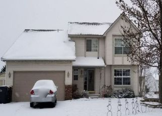 Pre Foreclosure in Shakopee 55379 PONDS WAY - Property ID: 1522405211