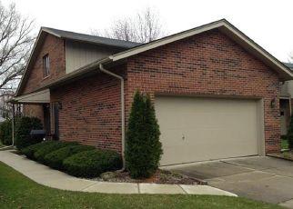 Pre Foreclosure in Clinton Township 48038 ELIZABETH PL - Property ID: 1522532671
