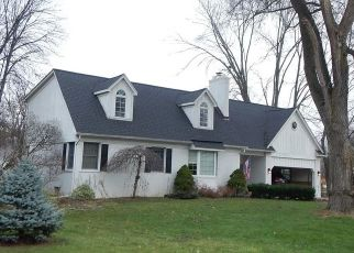 Pre Foreclosure in Sterling Heights 48313 UTICA RD - Property ID: 1522585221