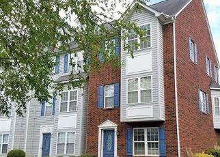 Pre Foreclosure in Matthews 28105 TREESIDE LN - Property ID: 1522869918