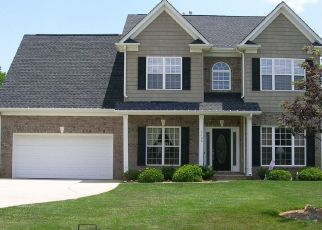 Pre Foreclosure in Matthews 28105 WILLIAMS STATION RD - Property ID: 1522874278