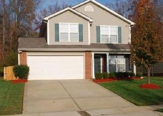 Pre Foreclosure in Charlotte 28216 HOPEWOOD LN - Property ID: 1522875157