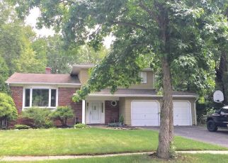 Pre Foreclosure in Succasunna 07876 TOBY DR - Property ID: 1522965836