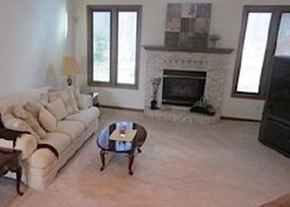 Pre Foreclosure in Holland 43528 SAINT ANNES DR - Property ID: 1523078830