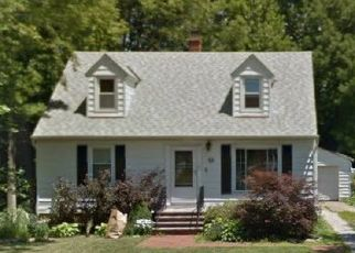 Pre Foreclosure in Rocky River 44116 BATES RD - Property ID: 1523271532