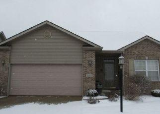 Pre Foreclosure in Highland 46322 ZANDSTRA CT - Property ID: 1523397221