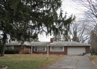 Pre Foreclosure in Merrillville 46410 HAYES ST - Property ID: 1523400293