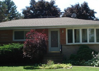 Pre Foreclosure in Palatine 60074 N LAUREL DR - Property ID: 1523475180