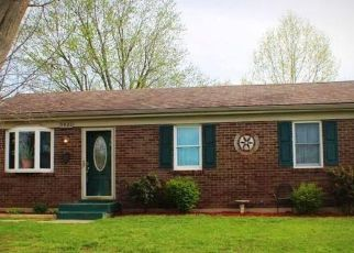 Pre Foreclosure in Louisville 40272 LOGWOOD AVE - Property ID: 1523586434