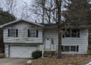 Pre Foreclosure in Bloomington 47404 N BROOKWOOD DR - Property ID: 1523646886