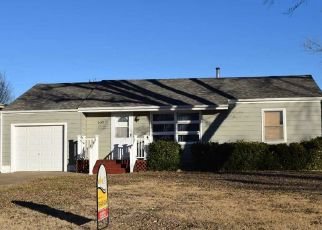 Pre Foreclosure in Russell 67665 N ELM ST - Property ID: 1523700303