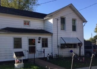 Pre Foreclosure in Hampshire 60140 WASHINGTON AVE - Property ID: 1523745415