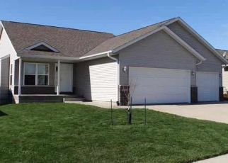 Pre Foreclosure in Marion 52302 49TH ST - Property ID: 1523986744