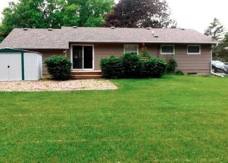 Pre Foreclosure in Grinnell 50112 BELMONT DR - Property ID: 1523992432