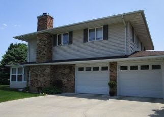 Pre Foreclosure in Atkinson 61235 CAUSEMAKER DR - Property ID: 1524003831