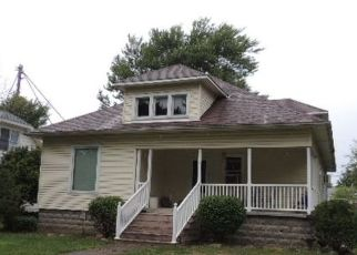 Pre Foreclosure in Swayzee 46986 W MARKS ST - Property ID: 1524049820