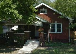 Pre Foreclosure in Indianapolis 46222 S TRAUB AVE - Property ID: 1524116384