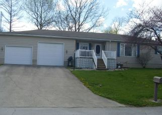 Pre Foreclosure in Geneva 46740 HOLLY LN - Property ID: 1524123835