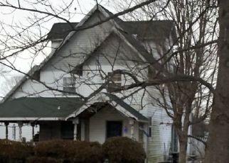 Pre Foreclosure in Avon 46123 N COUNTY ROAD 450 E - Property ID: 1524128647