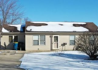 Pre Foreclosure in North Manchester 46962 W 3RD ST - Property ID: 1524185137