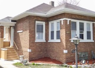 Pre Foreclosure in Chicago 60649 S CHAPPEL AVE - Property ID: 1524332749