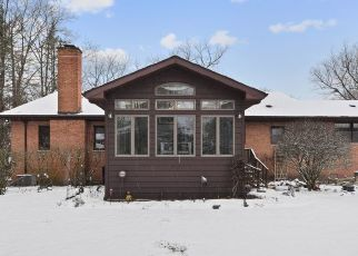 Pre Foreclosure in Flossmoor 60422 BRAEBURN AVE - Property ID: 1524405443