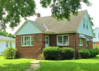 Pre Foreclosure in Paxton 60957 E STATE ST - Property ID: 1524445742