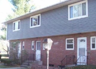 Pre Foreclosure in Bloomfield 06002 WINTONBURY AVE - Property ID: 1524601209