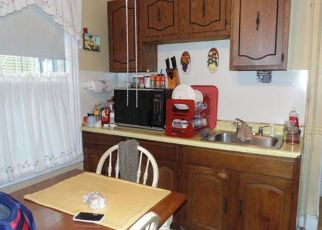 Pre Foreclosure in Hartford 06112 BURLINGTON ST - Property ID: 1524602988