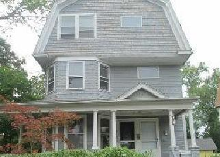 Pre Foreclosure in Hartford 06112 BALTIMORE ST - Property ID: 1524619619