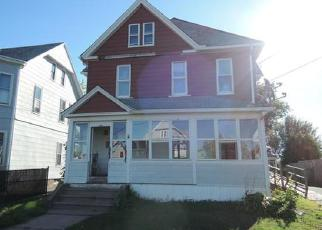 Pre Foreclosure in Holyoke 01040 BROWN AVE - Property ID: 1524639770