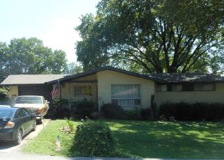 Pre Foreclosure in Chattanooga 37421 PLAXCO DR - Property ID: 1524651141