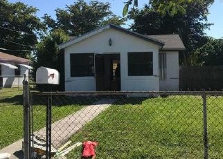 Pre Foreclosure in Hallandale 33009 NW 9TH CT - Property ID: 1524665156