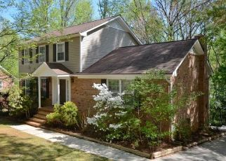 Pre Foreclosure in Greensboro 27410 GREENWOOD DR - Property ID: 1524684430