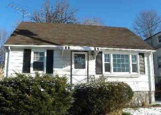 Pre Foreclosure in Stratford 06615 MASARIK AVE - Property ID: 1525031307
