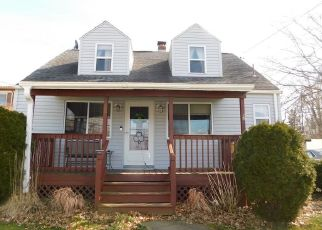 Pre Foreclosure in Erie 16504 PINE AVE - Property ID: 1525054524