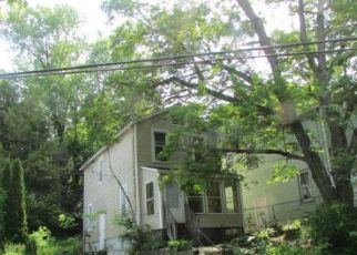 Pre Foreclosure in Poughkeepsie 12601 N CLINTON ST - Property ID: 1525122856