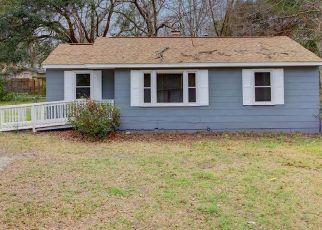 Pre Foreclosure in North Charleston 29420 SELMA ST - Property ID: 1525230592